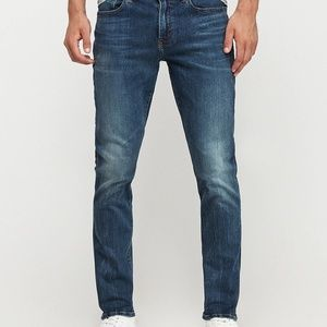 NWT EXPRESS PERFORMANCE STRETCH SLIM FIT JEANS
